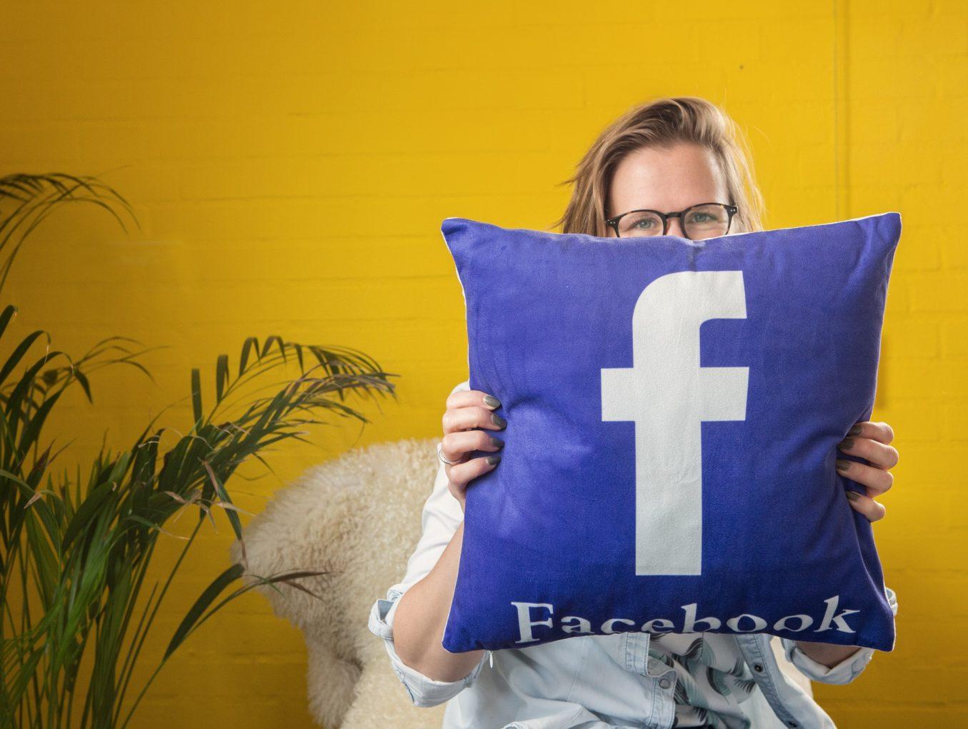 Hoe plaats ik een Facebook-video op mijn website?
